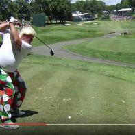 komischer Golf Swing