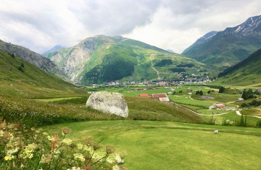 Andermatt Swiss Alps Platz Sicht auf Andermatt