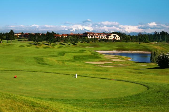 Robinie_golf course2_Ret (Klein)