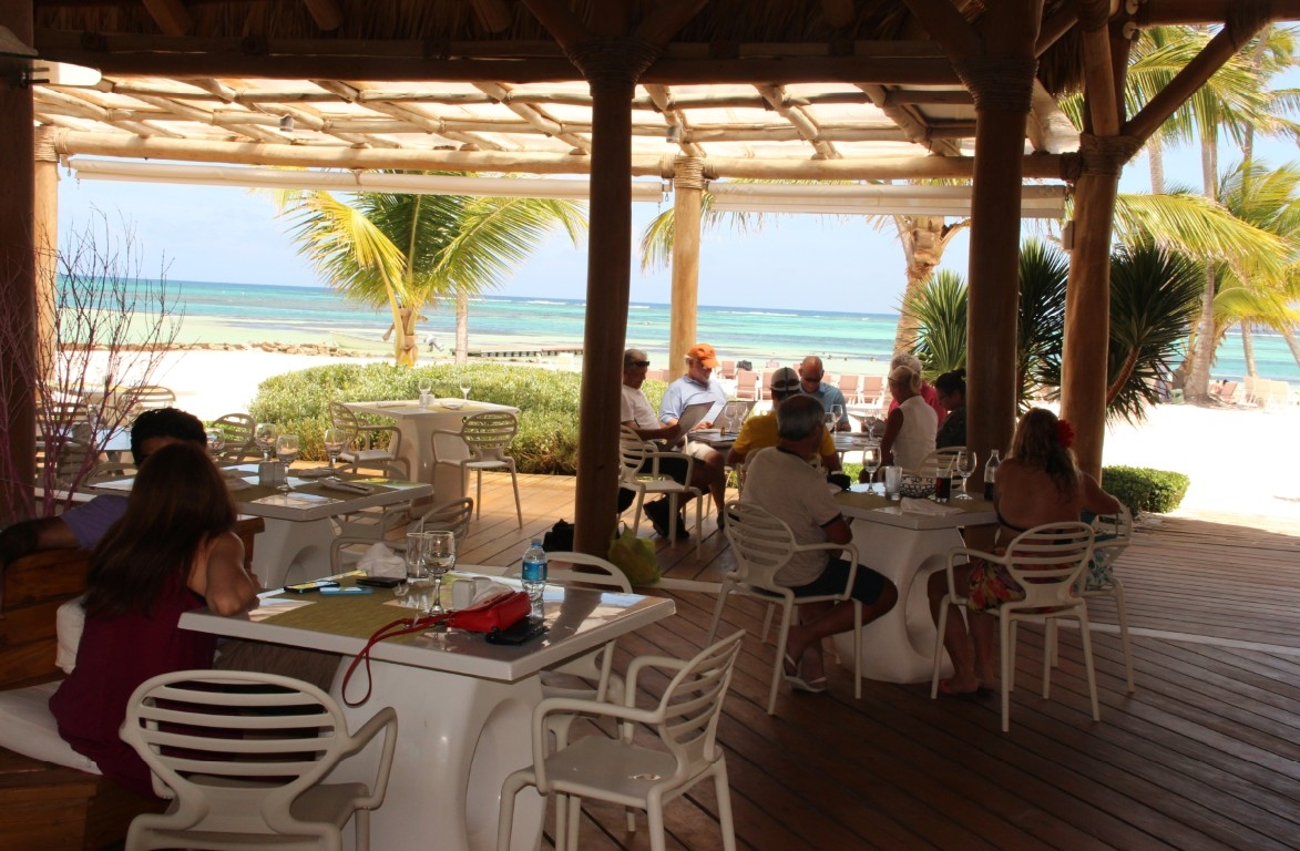Essen im Restaurant am Meer biem La Cana