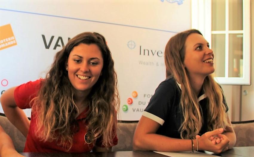 Morgane Métraux und Kim Métraux an der Pressekonferenz zur EM der Damen in Lausanne 2017