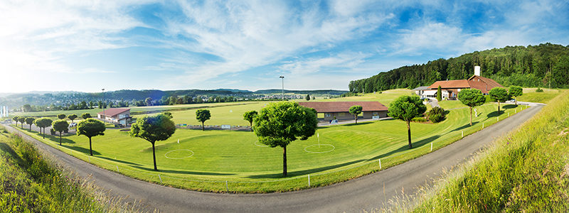Albis-Golf Driving Range Panorama_Sommer_2013